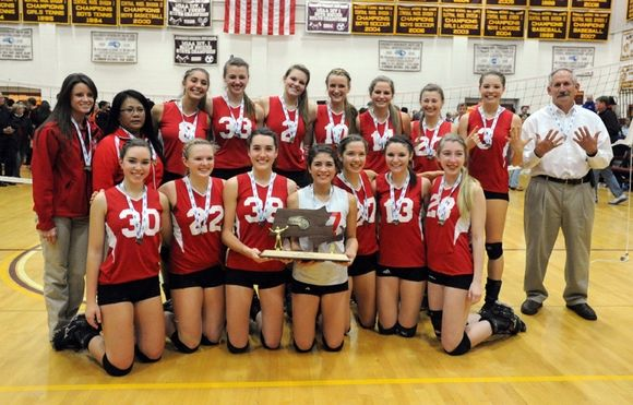 Barnstable Volleyball wins State Championship